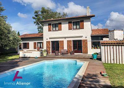 Charmante maison à Salles avec piscine 49