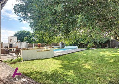 Charmante maison à Salles avec piscine 9