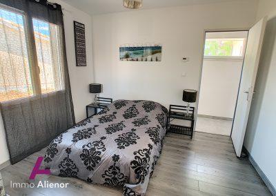 Contemporaine de 2018 avec 125 m² habitable à Belin Béliet 30