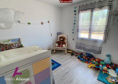 Contemporaine de 2018 avec 125 m² habitable à Belin Béliet 35