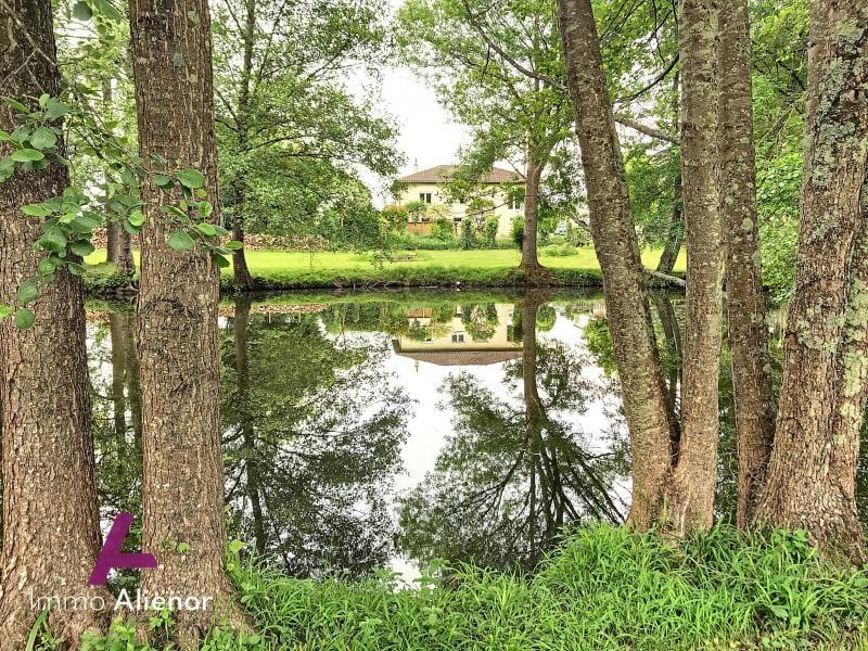 Maison avec étang à Bergerac