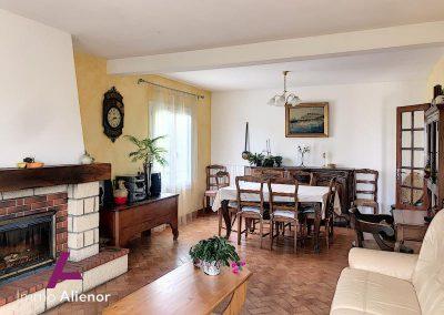 Maison avec étang à Bergerac 10