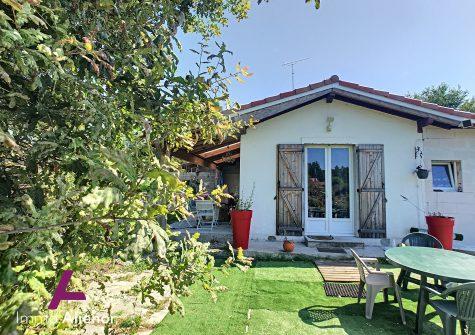 Maison de campagne de 90 m² à Labouheyre