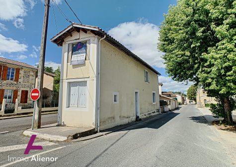 Maison de rapport avec 2 appartements à Belin-Béliet
