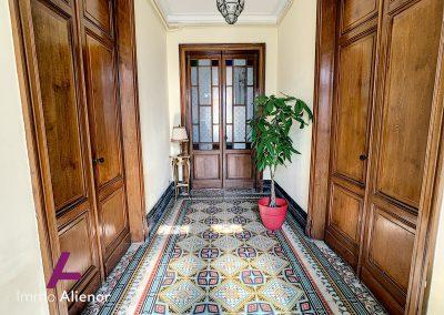 Maison de maître de 345 m² à Cabanac 8