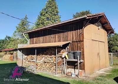 Maison en pierres avec un terrain de 7500 m² 30