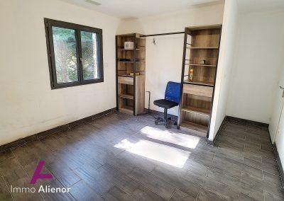 maison de 148 m² à Belhade 18