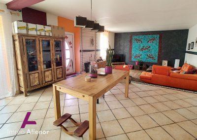 Maison de 235 m² à Saint Symphorien 38