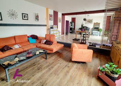 Maison de 235 m² à Saint Symphorien 5