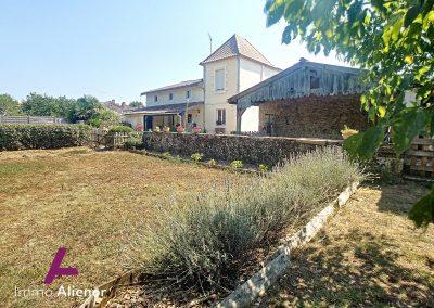 maison de 298 m² à Saint Symphorien 43
