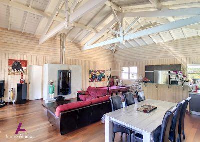 Maison de 226 m² a Salles 5