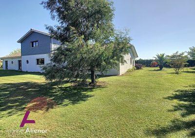 maison de 355 m² a Biscarrosse 20