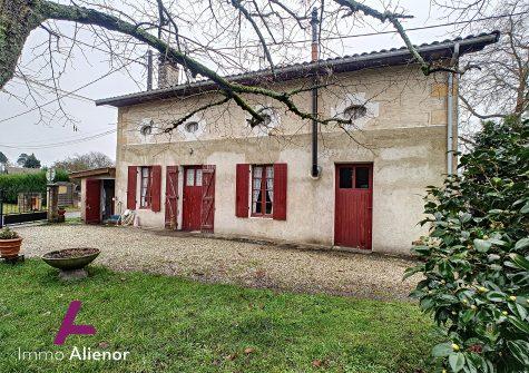 Maison 3 pièces de 102 m² à Hostens