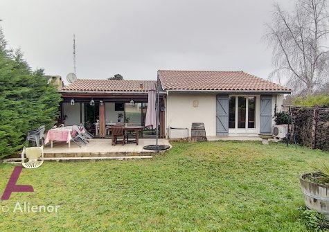 Maison 7 pièces de 120 m² à Bouliac