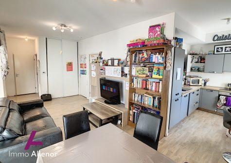 Appartement 3 pièces de 57 m² à Bègles