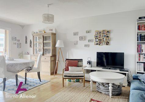 Appartement 4 pièces de 80 m² à Bordeaux