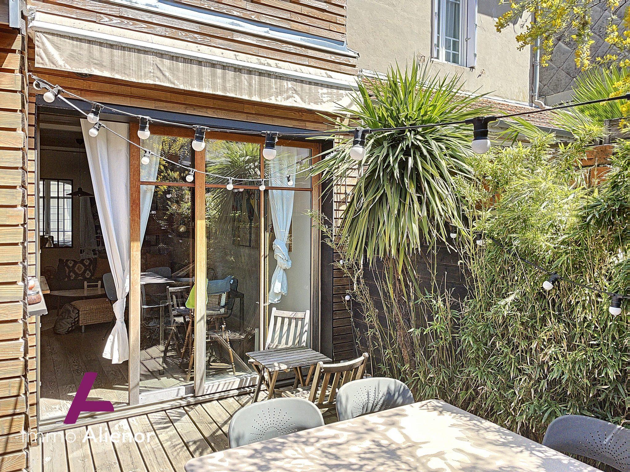 Maison 4 pièces de 105 m² à Le Bouscat
