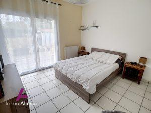 Maison de 141 m2 sur un grand terrain de 2361 m2