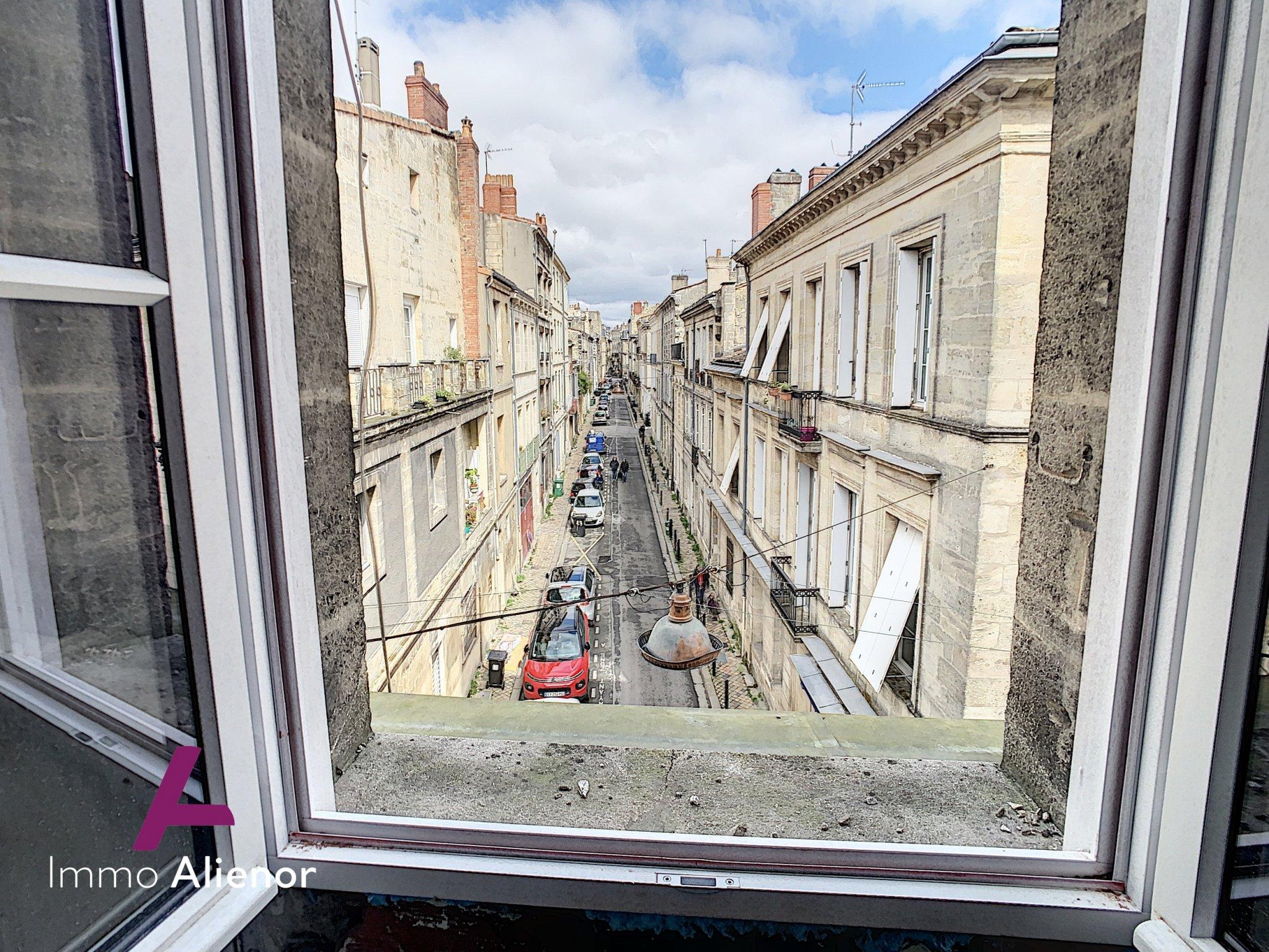 Duplex terrasse Bordeaux historique
