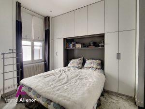 Appartement T4 de 109 m2 entièrement rénové en 2014