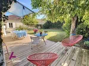 Maison de 140 m2 à Saint-Medard-d'Eyrans